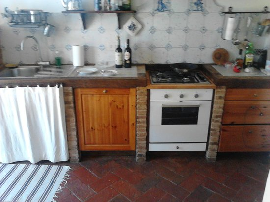 Villa Calanco Country House : Kitchen in our apartment