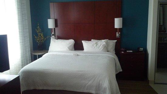 Residence Inn Idaho Falls: Bed
