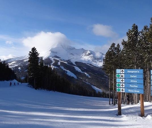 Lone Mountain Ranch : Big Sky skiing, 20 minutes from ranch