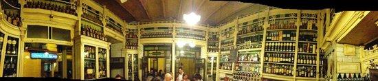 El Rinconcillo de JR: Fish-eye view of the bar