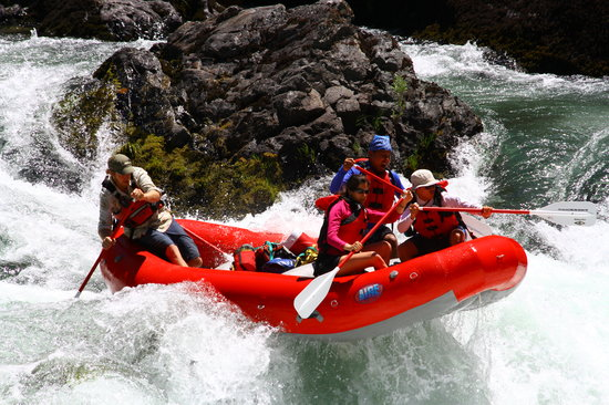 Six Rivers Rafting: Rafting on the Trinity River