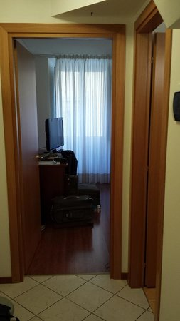 Residence del Mare: From the hallway looking into the bedroom