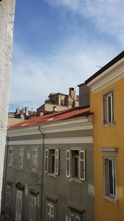 Residence del Mare: View of Trieste rooftops from our room