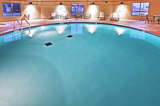 Holiday Inn Express Hotel & Suites Pauls Valley: Swimming Pool