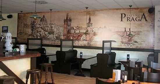 Praga Valencia : Mural de la ciudad de Praga