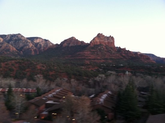 The Orchards Inn of Sedona: Red rocks view from room 431