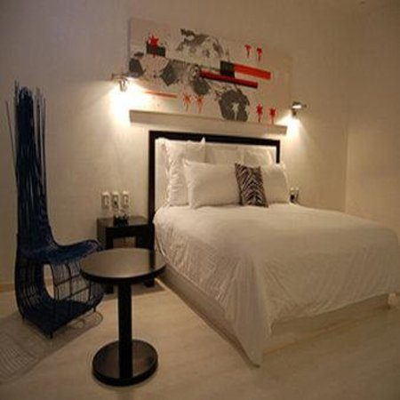 In Fashion Hotel Boutique: Guest Room