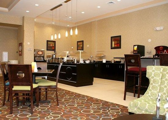 Comfort Suites Florence : Breakfast Area