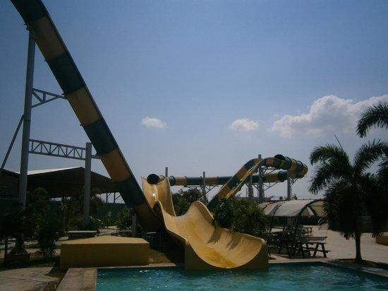 aquaventurapark: tobogan