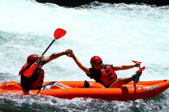 Six Rivers Rafting: Double Kayak having a blast