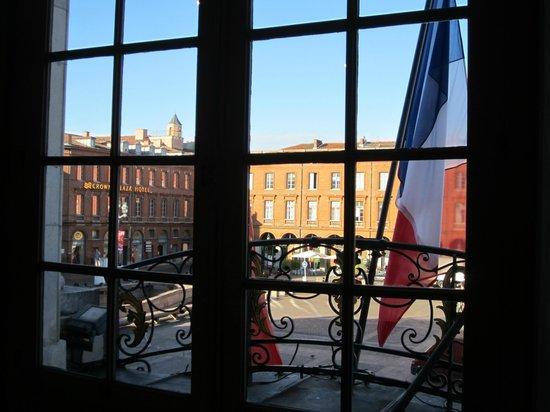 Place du Capitole : 屋外を・・・