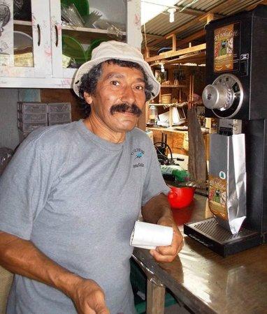 El Toledo Coffee Tour : Don Geraldo, inspiring organic agroforestry coffee farmer