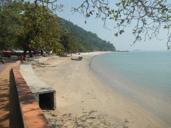 Saravoan-Kep Hotel : Your Beach
