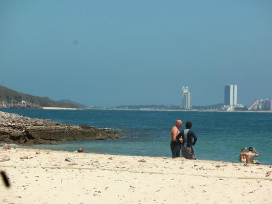 Deer Island (Isla de Venados): Looking towards the Riu from Deer Island