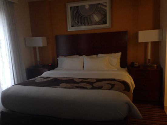 Residence Inn Arlington Pentagon City : King bed