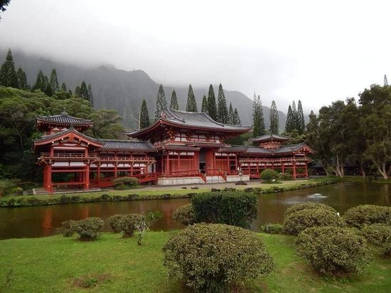 Byodo-In Temple : Beautiful setting!