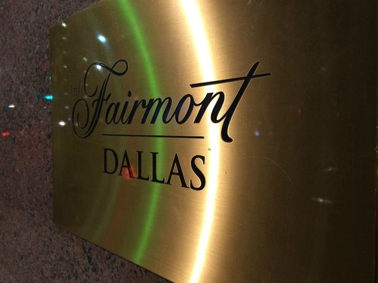 The Fairmont Dallas: outside