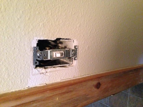 """Lolo Hot Springs: Light switch in the """"deluxe"""" cabin"""