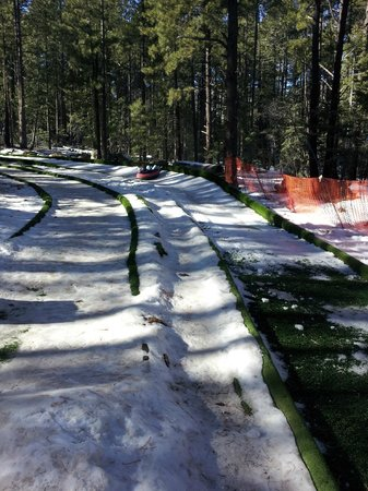 Elk Ridge Ski & Outdoor Rec : Tubing down run