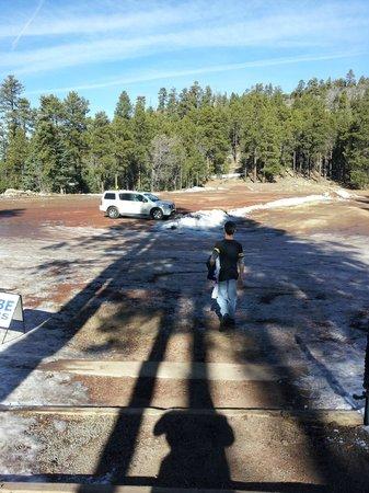 Elk Ridge Ski & Outdoor Rec : Parking lot