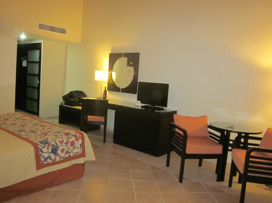 Caribe Club Princess Beach Resort & Spa: Room 1356