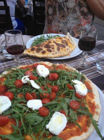 Ristorante Pizza Roma: Amazing Pizza and Calzone