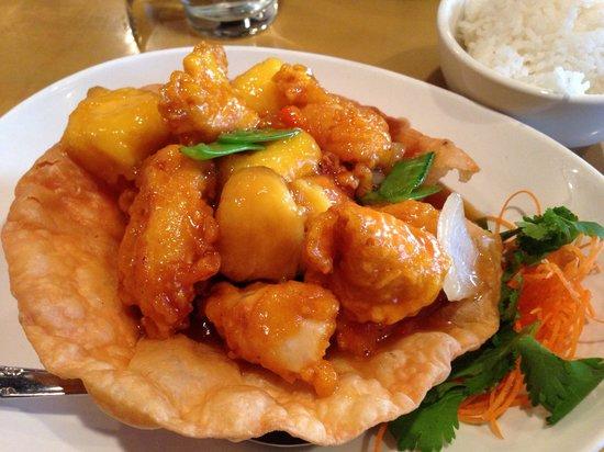Lucky Corner: Mango chicken - always good