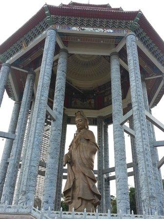Temple de Kek Lok Si : Impressive