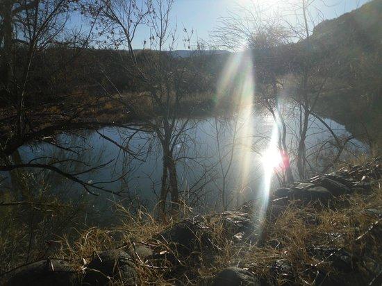 Montezuma Castle National Monument: Water