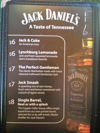 Calhoun's Gatlinburg: Whiskey Mixed Drink Specials