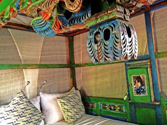 Yabbiekayu Eco-Homestay Bungalows: The Bed
