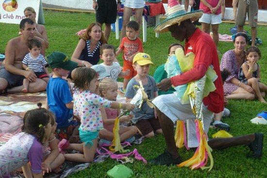 Club Med Ixtapa Pacific: Pinata party for Kids Club