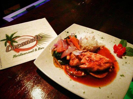 Coconuts Restaurant & Bar: Coriander & Orange Chicken