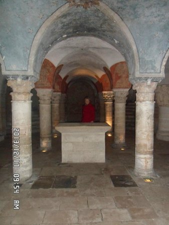 Notre Dame Cathedral: Norman Crypt