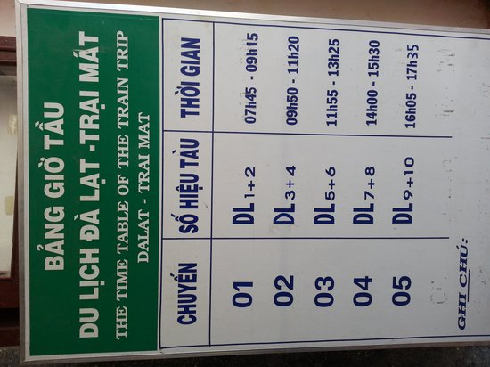 Dalat Railway Station: train schedule.  takes hour and a half for the whole trip.