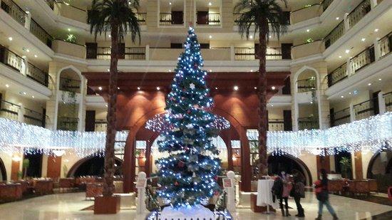 Crowne Plaza Hotel Antalya : Hotel entrance