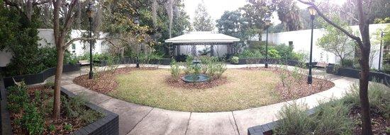 Forsyth Park: garden