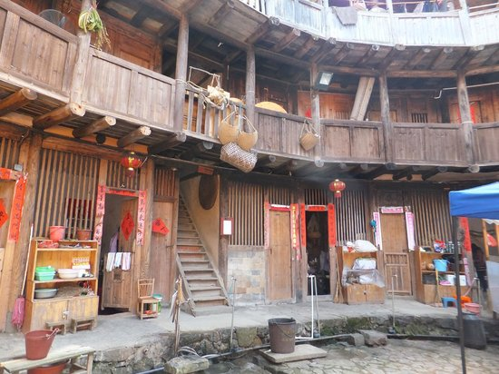 Fujian Tianluo Tulou (Nanjing Wooden building) : Ground and 1st level of the dwellings