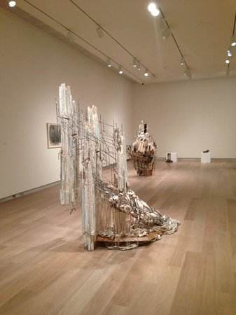 SCAD Museum of Art: inside the nice building