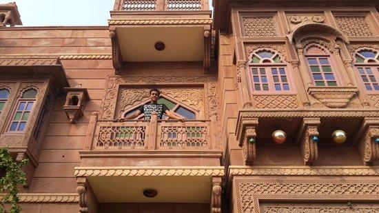 Heritage Kuchaman: balcony on 1st floor