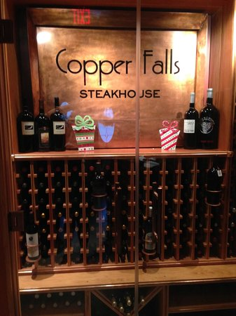 Copper Falls Steakhouse: copper falls