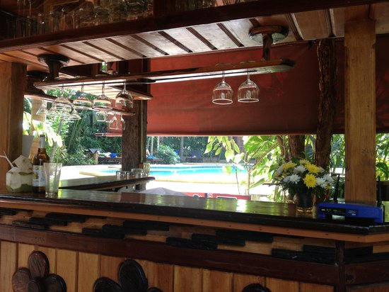 Phu Pha Ao Nang Resort and Spa: Beer only bar