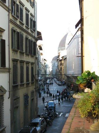 Hotel Balcony: View from Balcony to Duomo