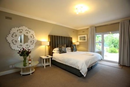 Willow Lodge: Room 1