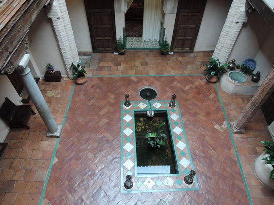 Hotel Casa Morisca: 中庭