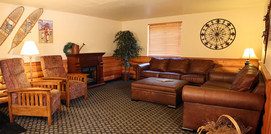FairBridge Inn & Suites - Sandpoint: Lobby