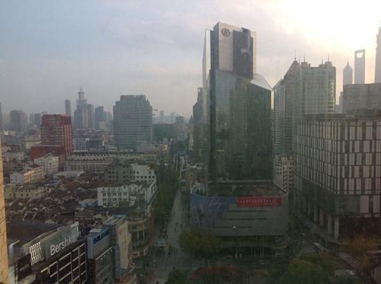 Seventh Heaven Hotel: Aussicht vom 17. Stock