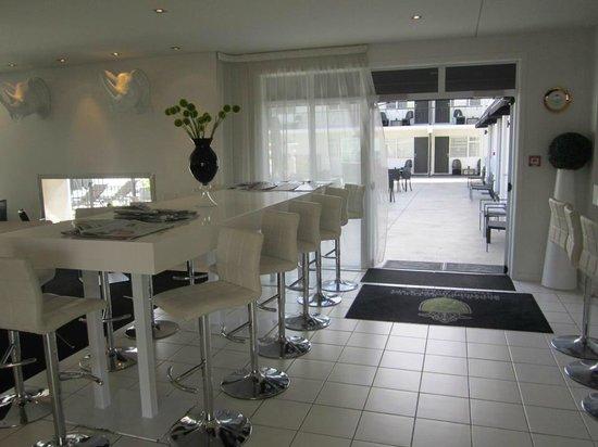 Regent of Rotorua: Lobby/ dinig