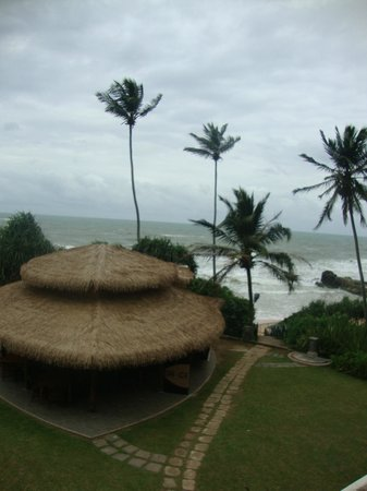 Vivanta by Taj - Bentota: Beach area