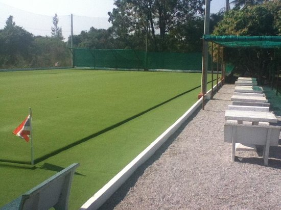 Hua Hin Lawn Bowls: Setting area for guests